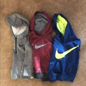 Nike athletic toddler hooded sweatshirts size 3T!